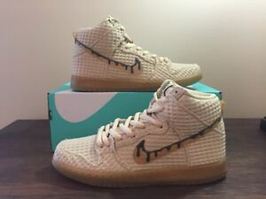 Nike Dunk High Premium SB Chicken