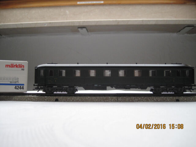D aus 29479,neu,frei Haus Märklin H0 2 Regio-Express Doppelstockw 34,95€//Stk