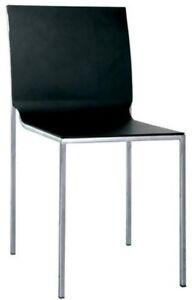 Silla-en-acero-y-polipropileno-negro-RS8813