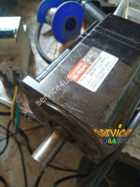 P50B08050DXS00 One USED Sanyo servo motor P50B08050DXS00