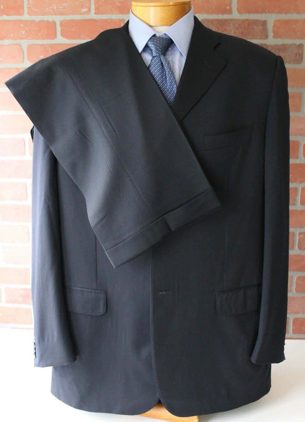 Corneliani Navy Three Button Suit Made in  100% Wool 54L EU