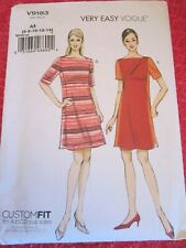 Misses' Dress Vogue Easy Options R10338 Sewing Pattern Size A5