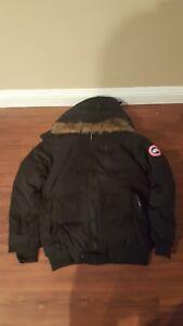 Used-Canada-Goose-Women-Bomber-Jacket-Size-XL