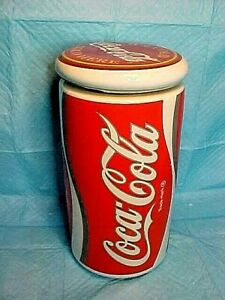 Coke-Coca-Cola-CAN-STYLE-COOKIE-JAR-USA-1003-WITH-LID-NICE-OLDER-COKE-COOKIE-JAR
