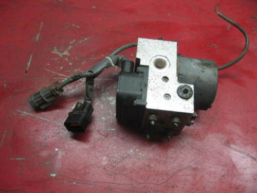 97 98 mitsubishi diamante ABS antilock brake pump module mr334038 0265214407