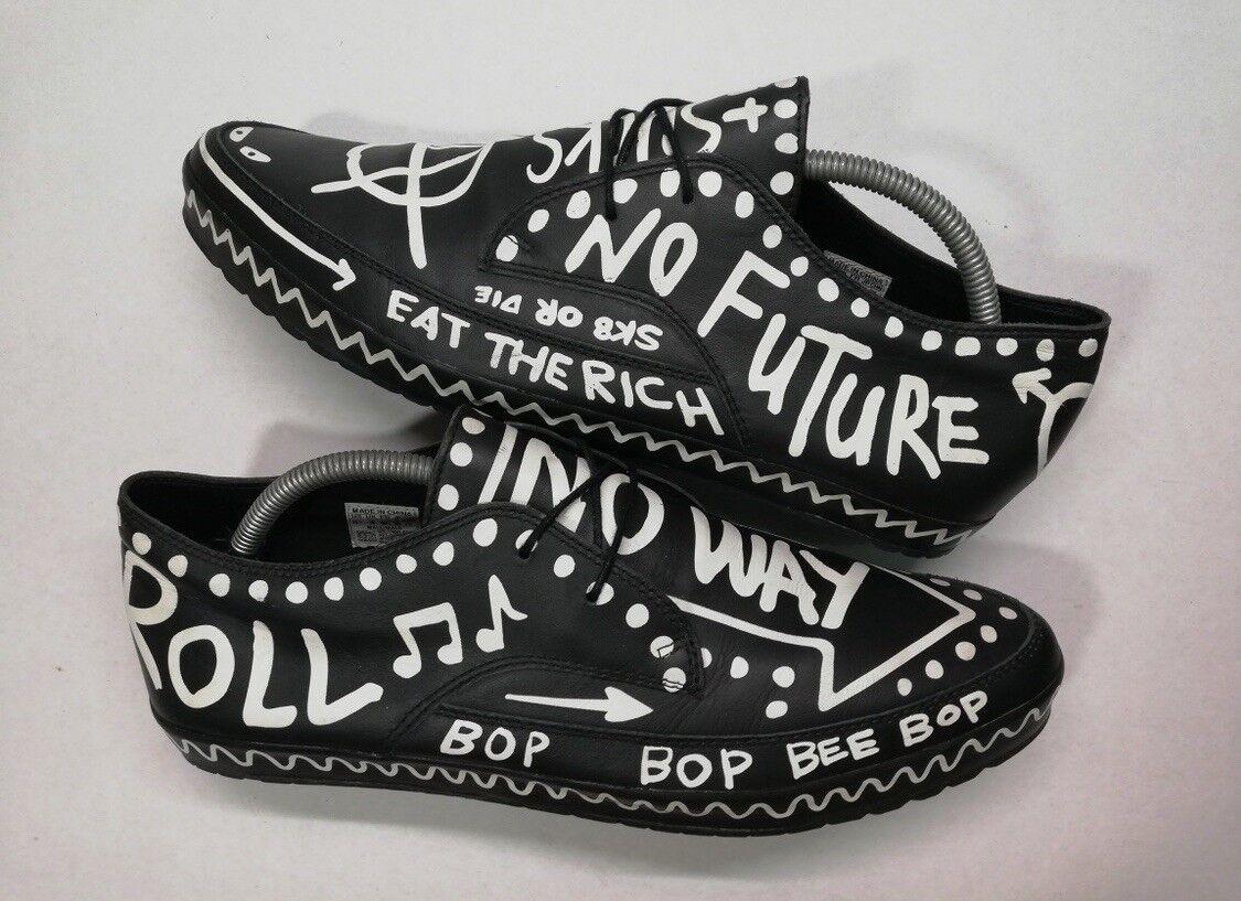 Jeremy Scott x Adidas Graffiti RARE (Size 10.5 US)
