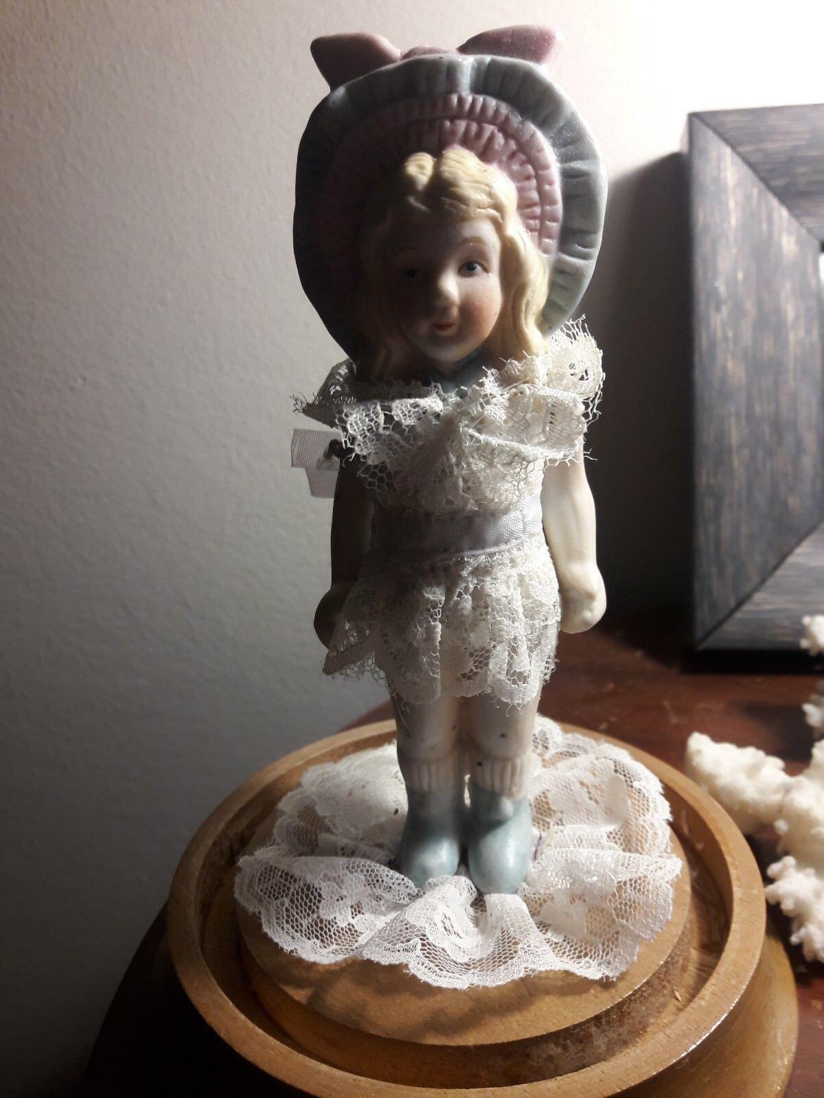 Antique Porcelain 5 1/2 inch Doll, Lace Dress