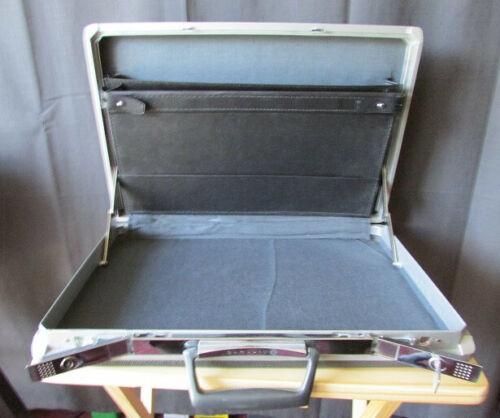 samsonite briefcase - hard case - locks, comes wit