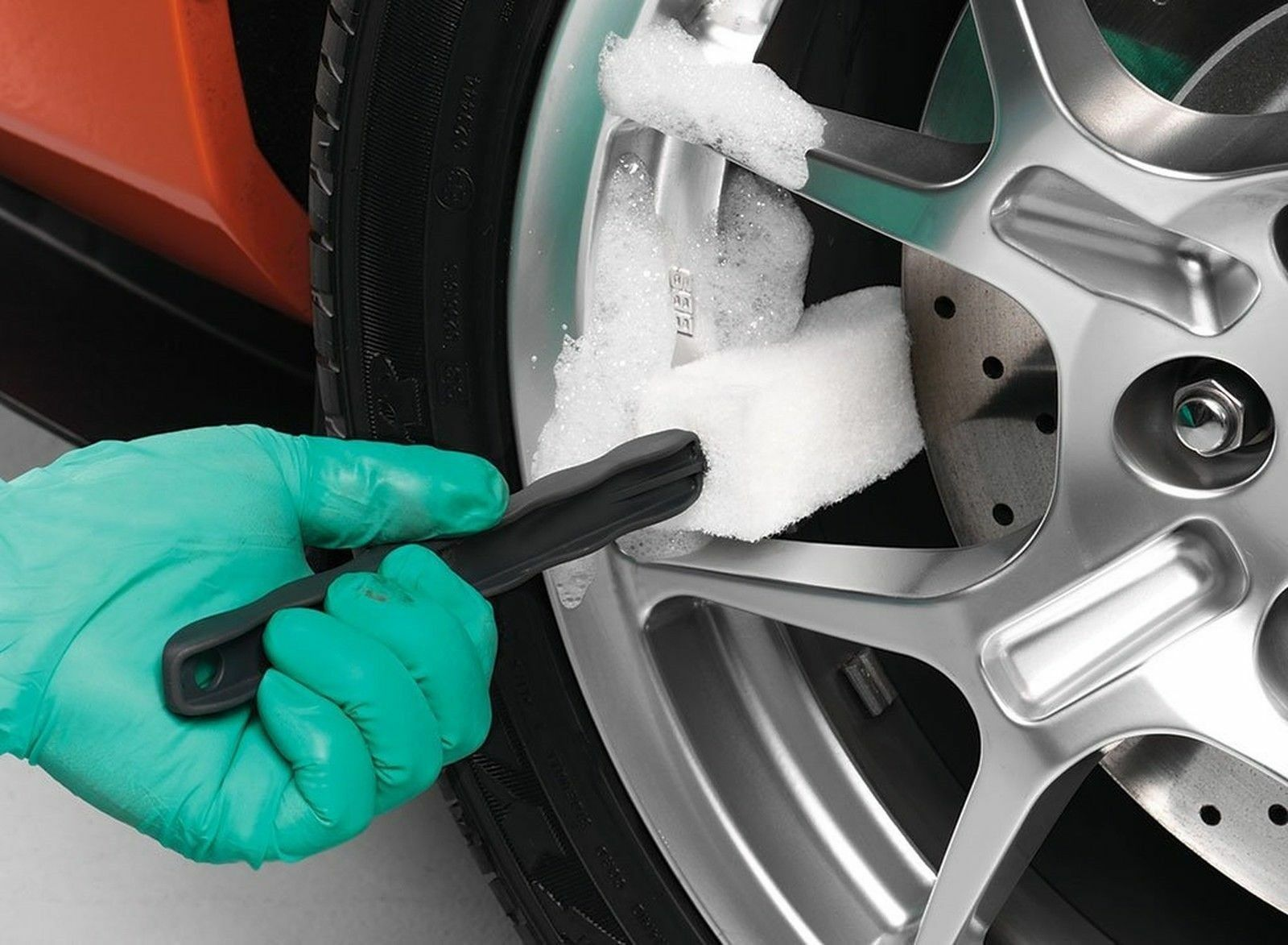3 Pack Griots Garage 15736 Long Reach Wheel Brush-Set of 3