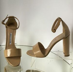 MANOLO-BLAHNIK-Nude-Patent-Leather-Chunky-Heel-Sandals-Size-37