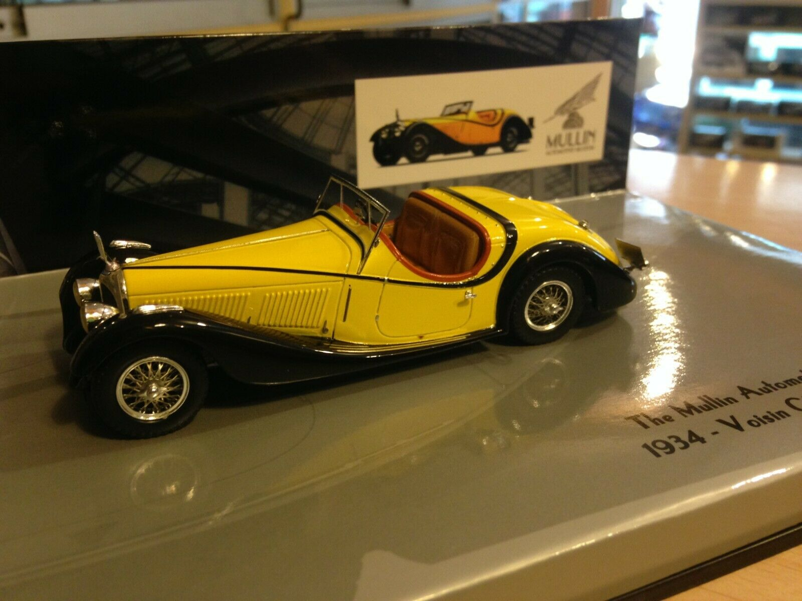 Voisin c27 grand sport congreenible 1934 1 43 minichamps yellow & black