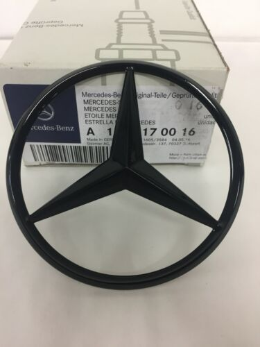 Mercedes-Benz S204 C-Class Rear Boot Lid Badge Star - Gloss Black A2047580158