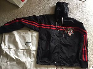 24b56bf6421 Gucci Nylon windbreaker with Angry Cat Jacket Tiger Donald