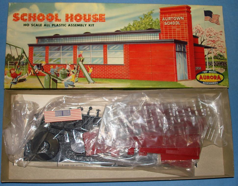 AURORA  HO SCALE SLOT voiture RACING & RAILROAD LAYOUT SCHOOL HOUSE MODEL KIT 654-129  achats en ligne de sport