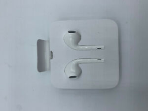 Apple-MMTN2-EarPods-Lightning-Connector-for-iPhone-Authentic-100-White