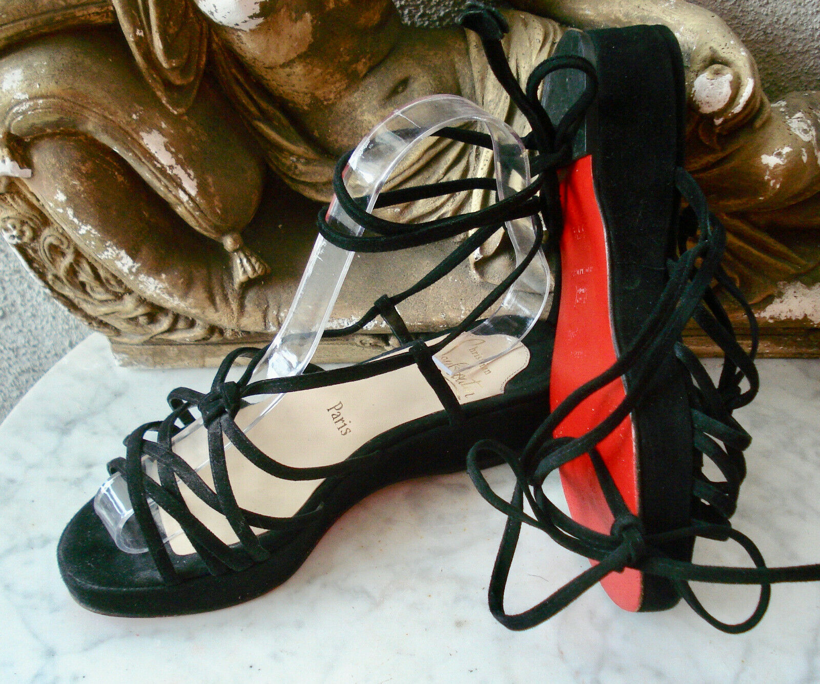 Christian Louboutin Ankle  Tied Strappy Flatbform Sandals  35.5 (US -5.5, UK -3.5)  seleziona tra le nuove marche come