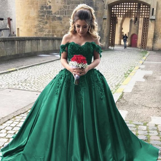 Emerald Green Lace Appliques Prom Ball Gowns Off Shoulder Quinceanera Dress