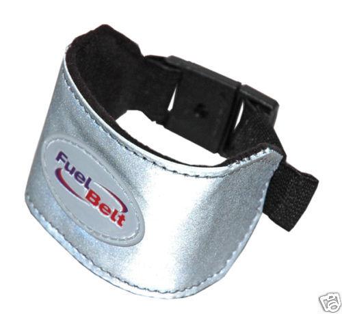 FuelBelt Reflective Wrist Band Reflektierendes Handgelenksband Silber
