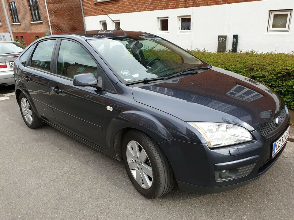 Ford Focus, 1,6 Ghia Collection aut., Benzin