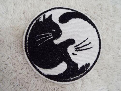 "Yin Yang CATS 3-1//2/"" Embroidery Iron-on Custom Patch E17"