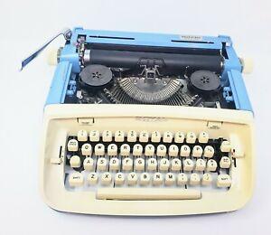 1967 Royal Aristocrat Portable Typewriter With Script/Cursive Font - SN: A159466
