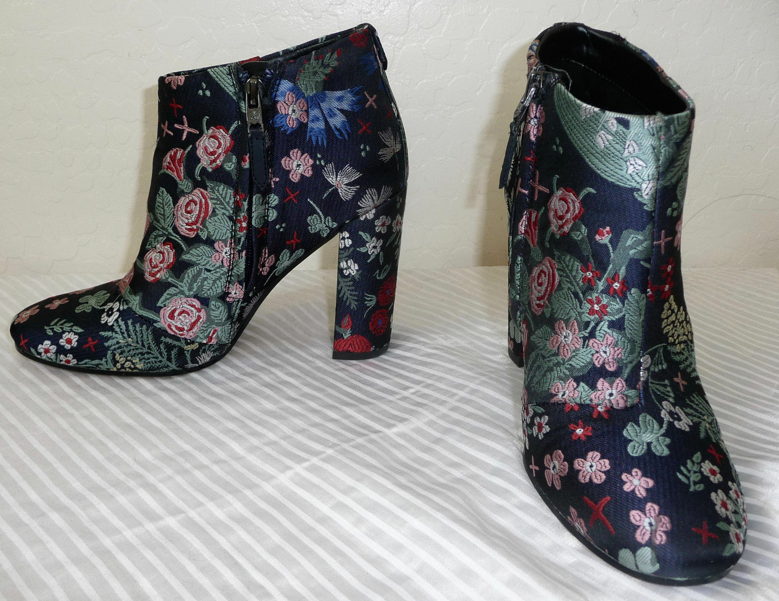 Sam Edleman Cambell Multi Floral Brocade Bootie Größe 6.5 Originally 160.00