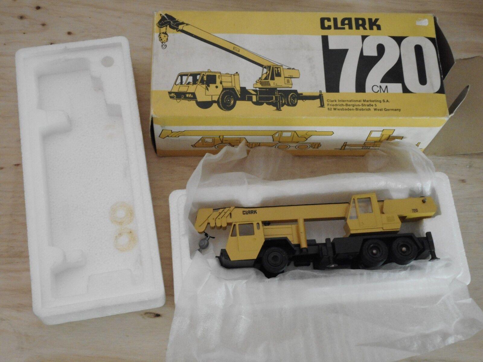 GESCHA modèle échelle 1 50 diecast -clark 720 crane+ BOITE