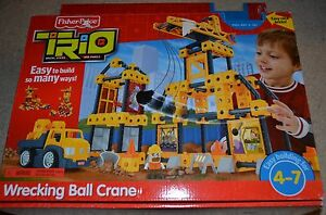 trio wrecking ball crane fisher price play set easy click bricks construction ebay. Black Bedroom Furniture Sets. Home Design Ideas