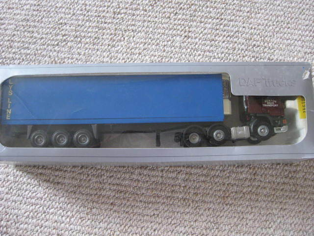 Tekno DAF Benton Bros Transport of Lincolnshire - one off code 3