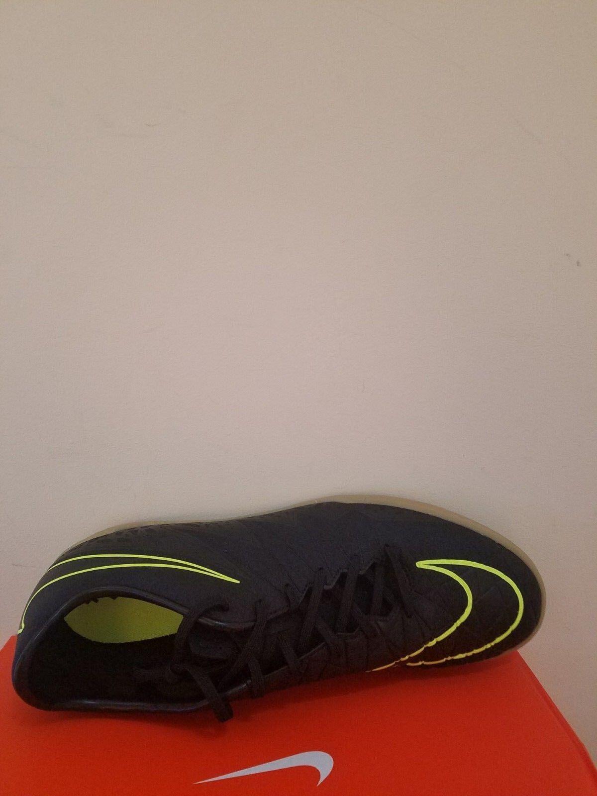 ffbf83bde53f ... Nike Nike Nike Men s HyperVenom Phelon II (IC) Mens Soccer shoes Size  12 NIB ...
