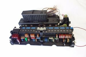 Details About Support Boite A Fusibles Bmw E46 E83 X3 Serie 3 61138364530 Sous Tableau De Bord
