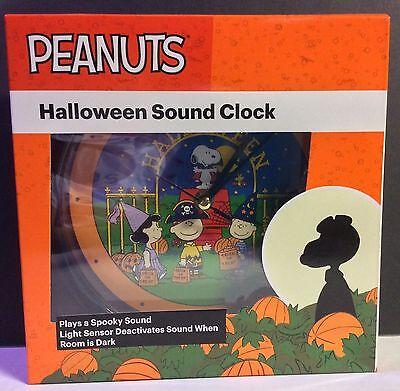 PEANUTS: 50 YEARS THE GREAT PUMPKIN HALLOWEEN SOUND CLOCK NEW
