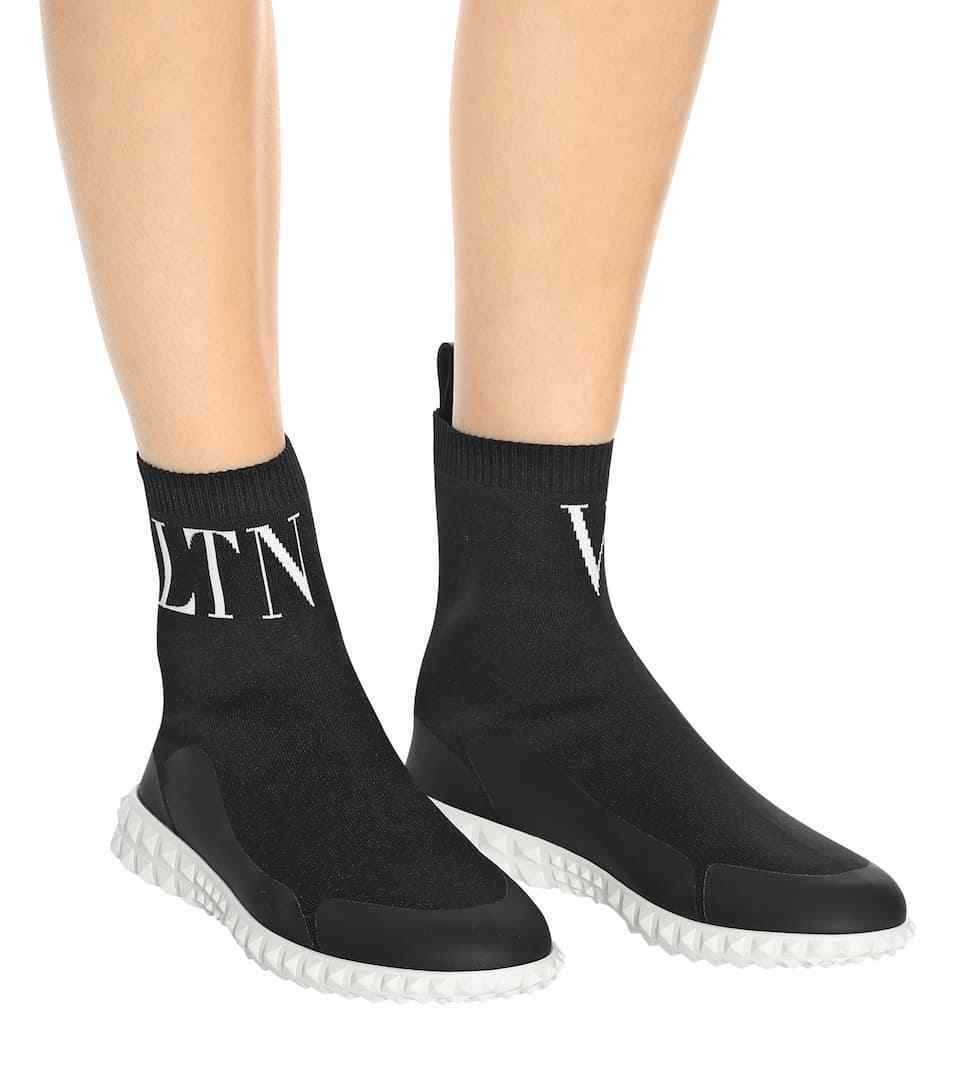 Valentino Garavani VLTN Rockstud Slip-On Black Knit Sock Sneakers 37.5 7.5