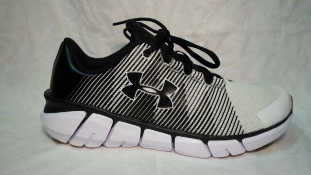 boys black under armour shoes