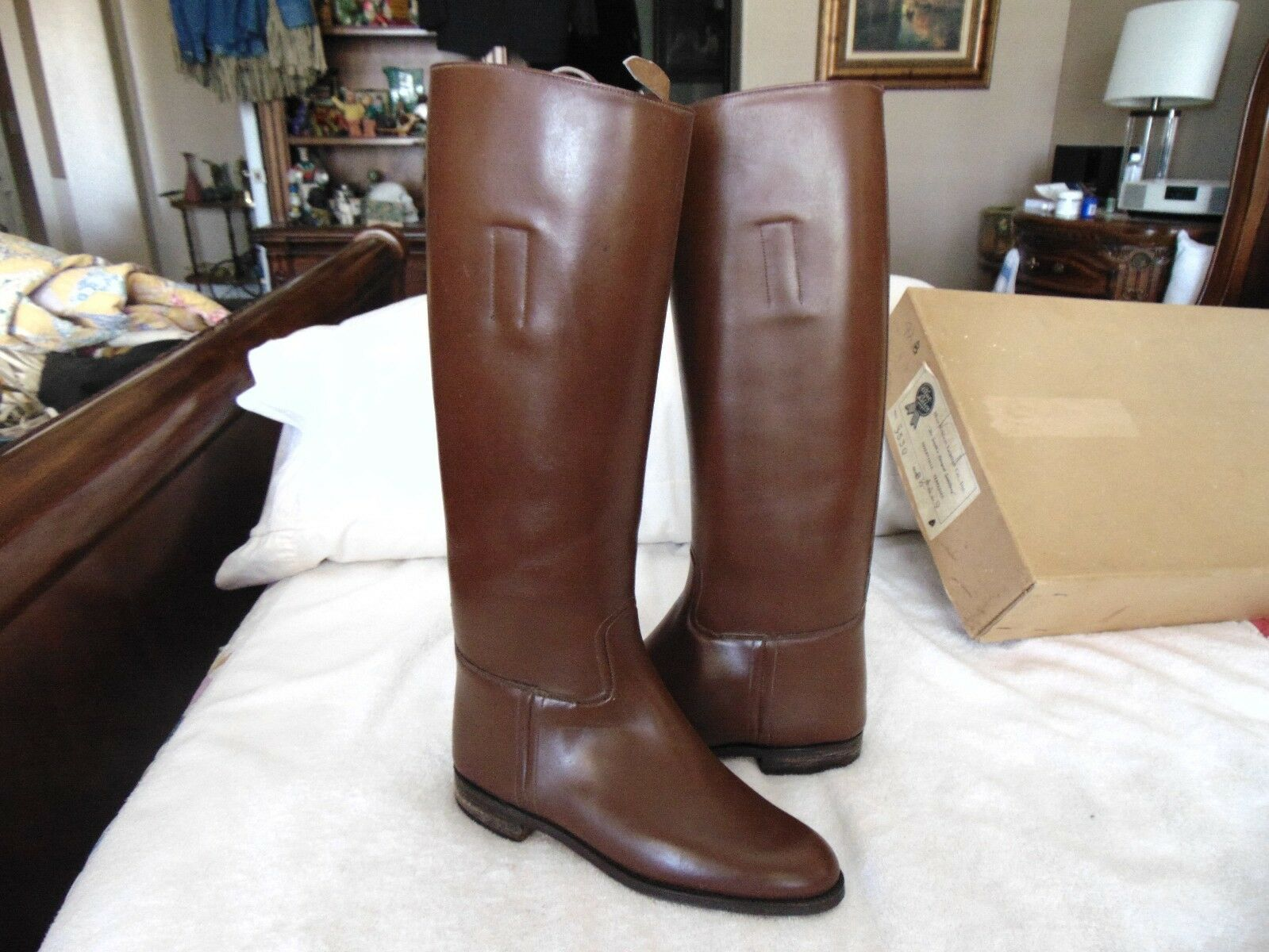 New Old Stock 1960's English Equestrian Horse Riding Boots   bluee Ribbon 8.5 Box