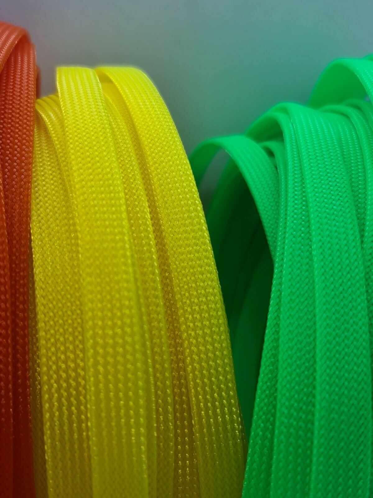 Expandable Braided Cable Protecting Sleeve PET Sheathing Braid 2.5 Meters