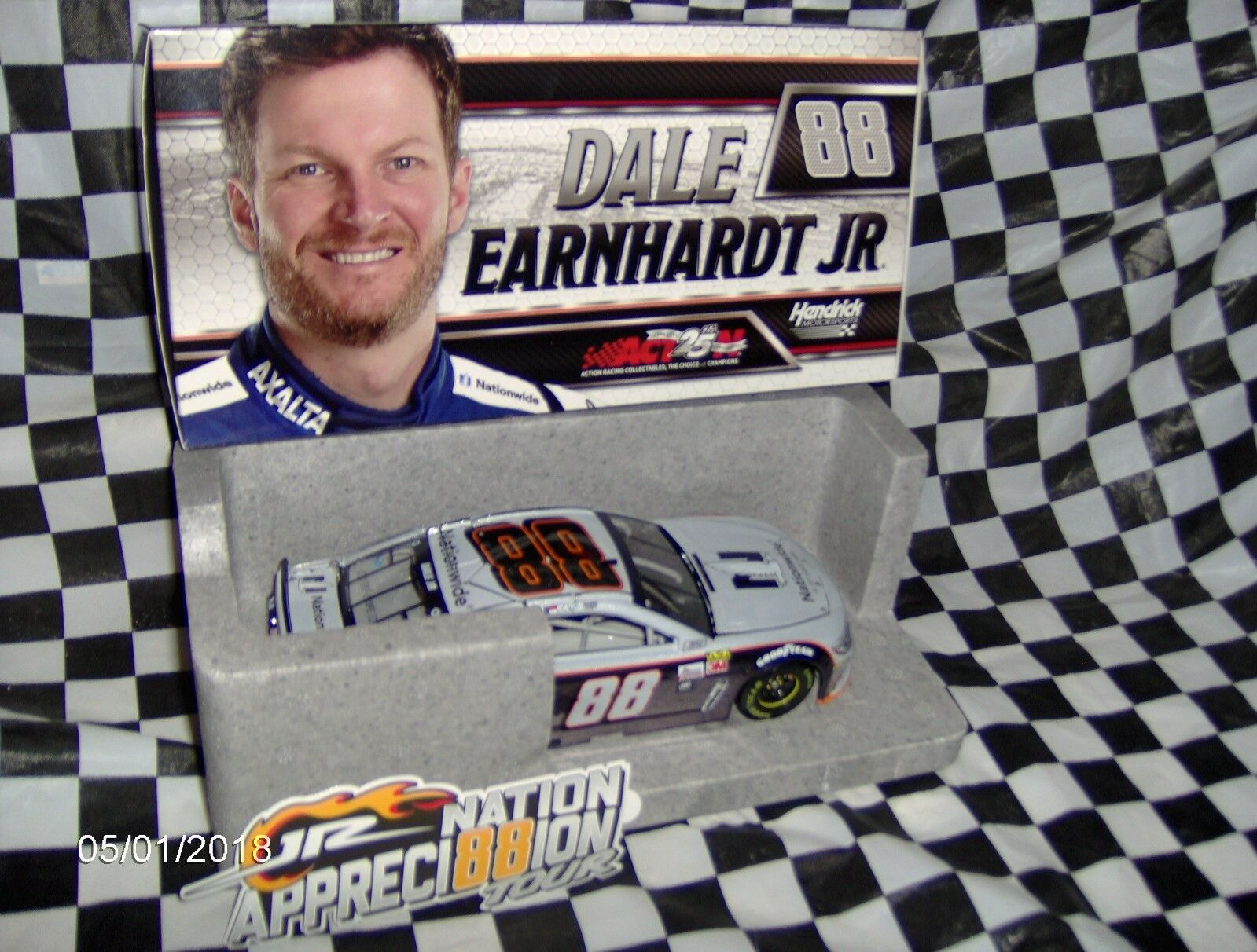 2017 Dale Earnhardt Jr.   88 Nationwide grigio Ghost Color Chrome 1/24th