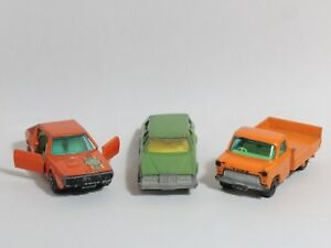 Lot-3-MATCHBOX-Superfast-74-COUGAR-VILLAGER-66-FORD-TRANSIT-62-RENAULT-17