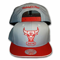Original Mitchell & Ness Chicago Bulls Snapback Cap NBA grau/rot
