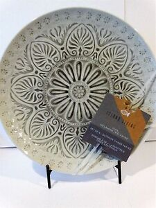 Island Living Melamine Gray Medallion