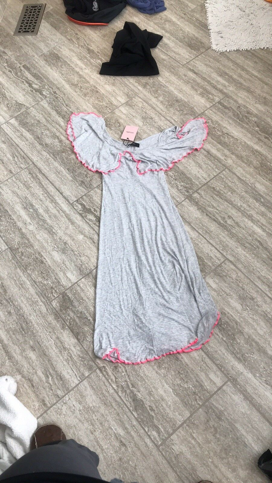 NWT  178 Anthropologie Veroalfie Dress Sz 2 Grey With Hot pink Accents