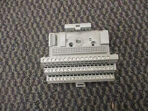 AB-FLEX-I-O-8-output-relay-1794-OW8