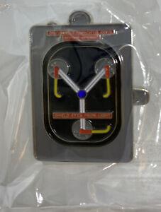 Zurück in die Zukunft BTTF Flusskondensator DeLorean Car Sammlerstück Emaille Pin
