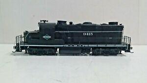 Proto-2000-HO-GP-20-Diesel-Illinois-Central-9415-Tsunami-DCC-Sound-Kadees
