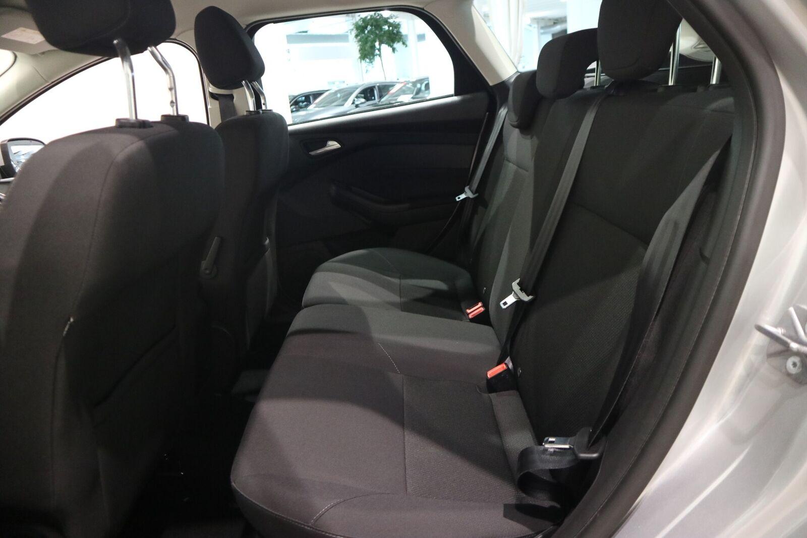 Ford Focus 1,5 TDCi 120 Business stc. - billede 12