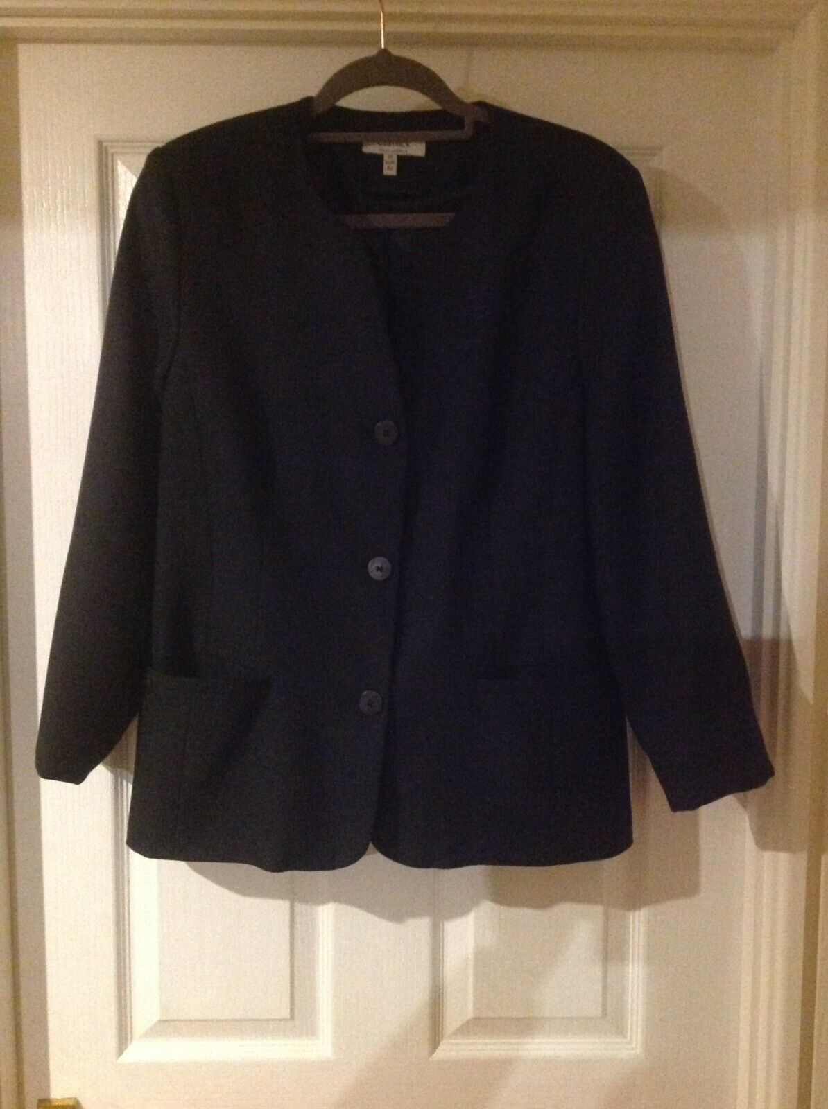 NEW Black Semi Fitted Collarless Lined Jacket Size 16 By FIRST AVENUE CLASSICS