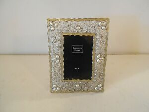 Beautiful-Sheffield-Home-Picture-Frame-for-4x6-Silver-Tone-W-Pearl-amp-Rhinestones