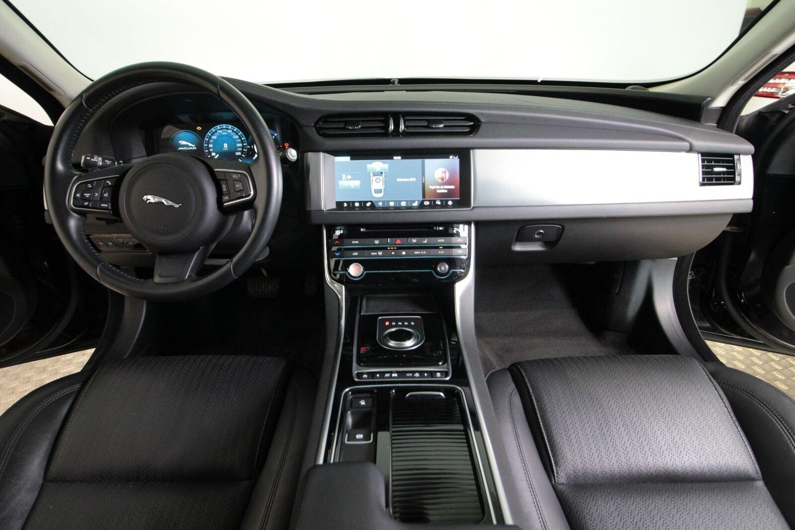 Jaguar XF D180 Prestige aut.