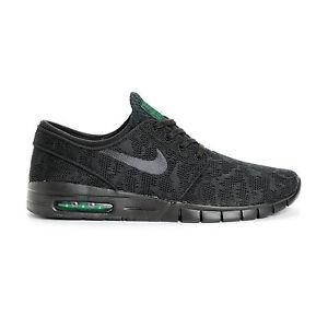 more photos 9a96c 318cd Image is loading Nike-STEFAN-JANOSKI-MAX-Black-Black-Pine-Green-