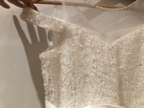 Blue Sky Formal Dress in White Perfect Condition RRP $299 AUD